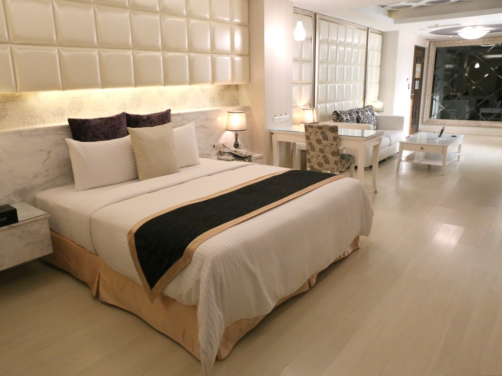 奇美國際時尚旅館響應式網站上線。